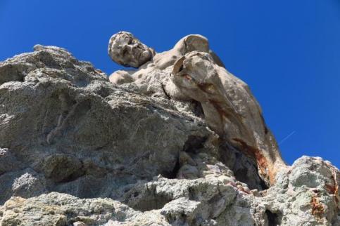 015 - Statua del Gigante vista di fronte