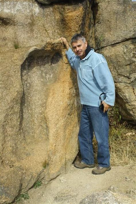 giant footprint 4