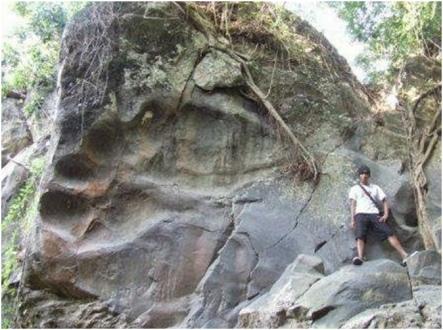 giant footprint 8